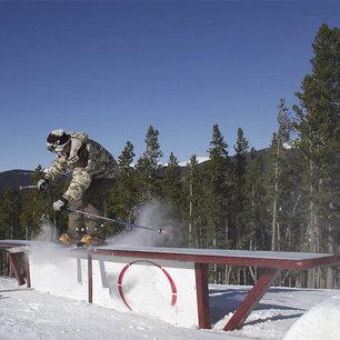 Neighborhood Slopes: Top Ski & Ride Regional Passes