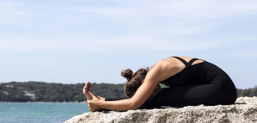 5 Yoga Poses to Warm-Up Your Body Before Running